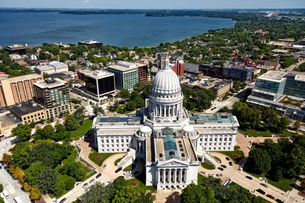 Workers Compensation in Wisconsin. State capitol from air. Why To Choose JLO?