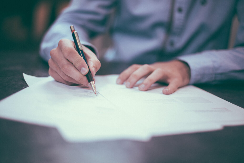 When should I hire a Workers Comp Lawyer?