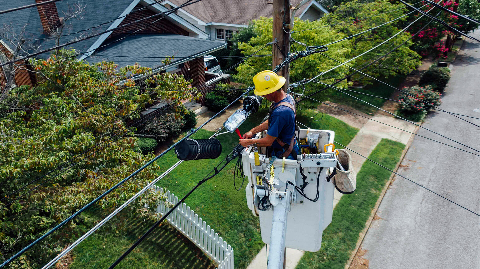 Hearing Loss and Damage Compensation among Electricians